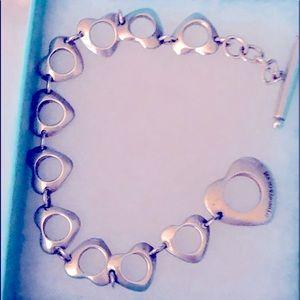 TIFFANY &CO RETIRED Hearts Toggle Bracelet